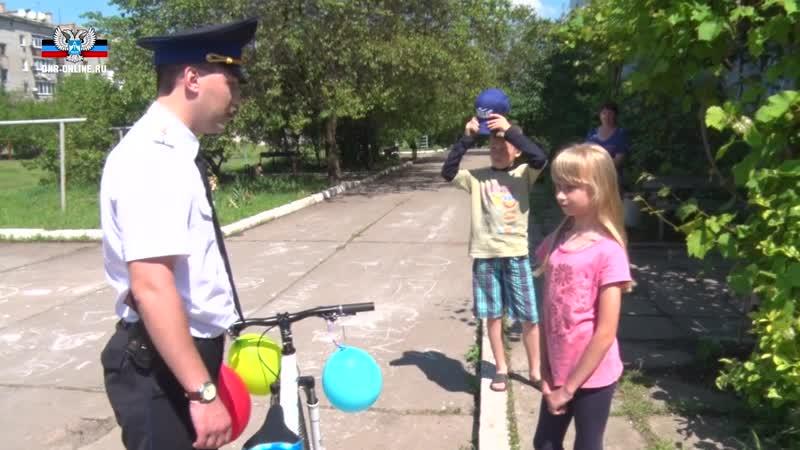 Владимир Павленко и Руслан Якубов приняли участие в акции Дерево желаний.