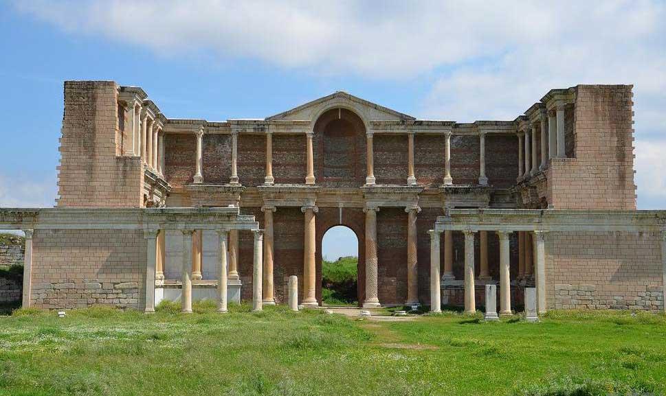 Вероятно, что практика римских купаний повлияла на людей в таких местах, как Турция.