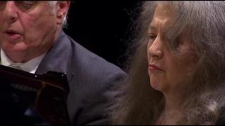 Martha Argerich & Daniel Barenboim play Schubert Variations on an Original Theme, D813