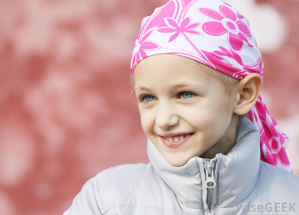 Остеосаркома является распространенным типом рака костей, который часто поражает детей чаще, чем взрослых.