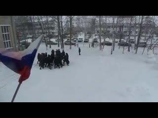 В Татарстане Росгвардия провела учения с участием школьников