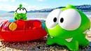 O pequeno e o grande Om Nom vão passear Vídeos com brinquedos para crianças Tv para crianças