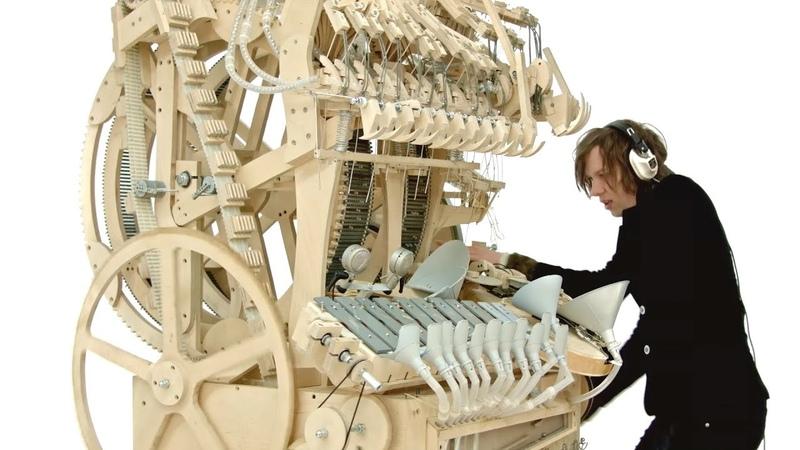 Wintergatan Marble Machine music instrument using 2000 marbles