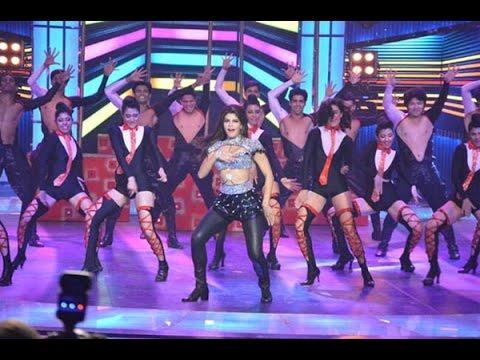 Jacqueline Fernandez's Rocking Performance On Her BIGGEST Bollywood Hits