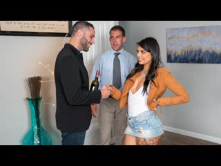 RealityKings Gina Valentina - Its in the Bag