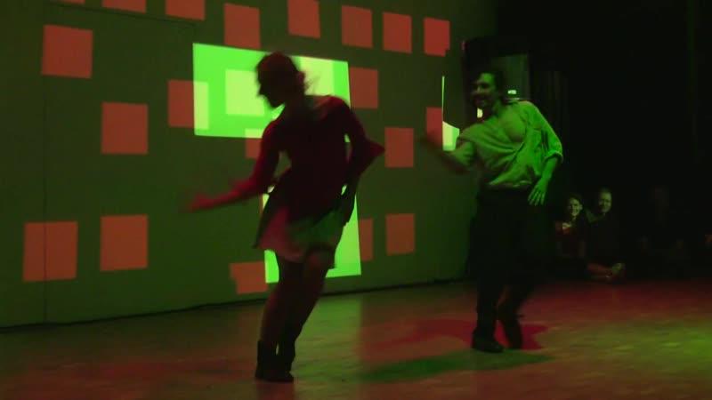 Танго Нуэво: Ezequiel Sanucci Lydia Muller at NeoTangoRave 2012 - Amazing NeoTango dance performance