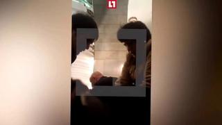 Петербуржец снял на видео, как пассажиры оказывали помощь раненым в метро. ()