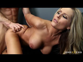 Darcy Tyler (BRAZZERS PORN VIDEO 18+)