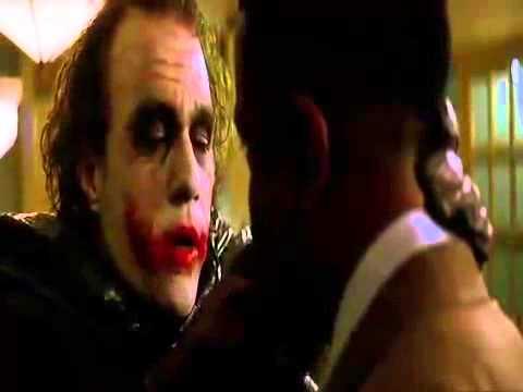Устрашающая история Джокера о том откуда у него шрамы