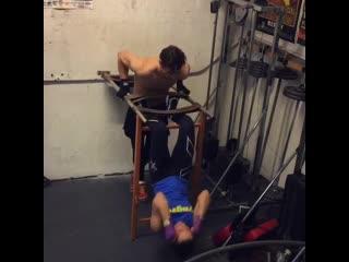 Тренироа пресса с набиой для пары (abs punching, belly punching, abs conditioning, f/m)