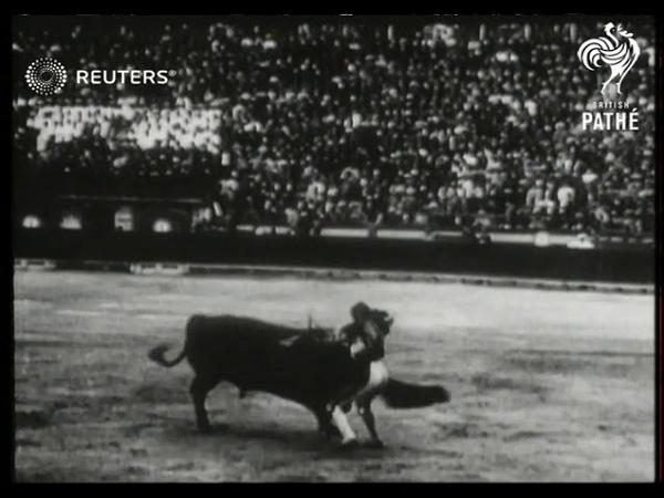 Funeral of matador Gomez 1920