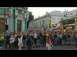 Ситуация возле посольства Беларуси в Москве
