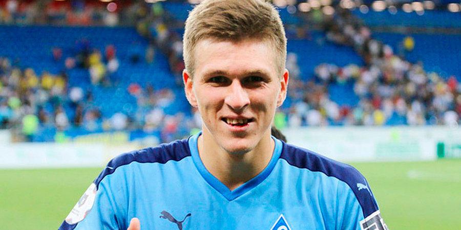 Нападающий «Крыльев Советов» Александр Соболев стал обладателем премии «Лучший игрок матча»