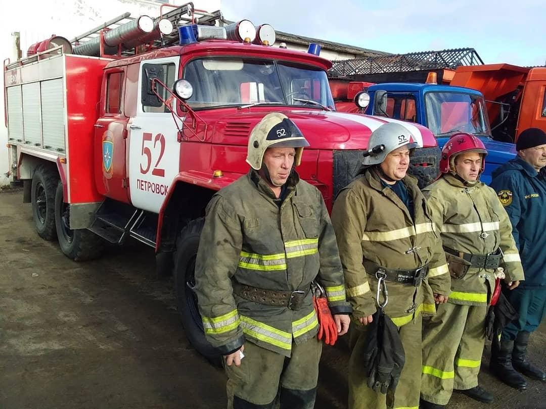 В Петровске прошла тренировка, во время которой проверялась готовность мобильного отряда для борьбы со снежными заносами на дорогах района в зимний период 2020 - 2021 года