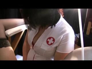 Госпожа страпонит простату кросса nurse nasty femdom strapon handjob
