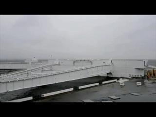 Петербургскую дамбу частично перекроют из-за надвигающегося шторма