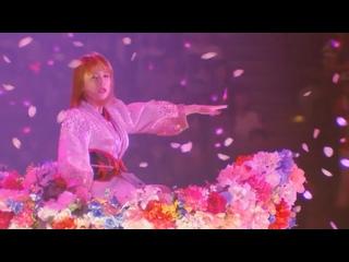 Ayumi Hamasaki – FLOWER (Arena Tour 2016 A ~M(a)de In Japan~)