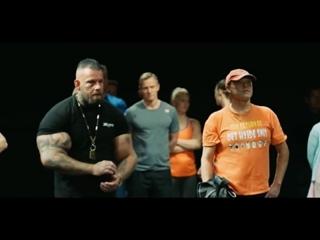 Социальный видеоролик Различия между людьми. Мощнейший ролик датского телевидения.