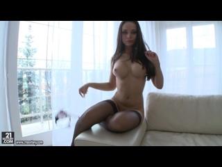 Горячая русская девочка / X-Art / Porn / 18+ / brazzers / sex / brunette / blonde / Russia / Girls /