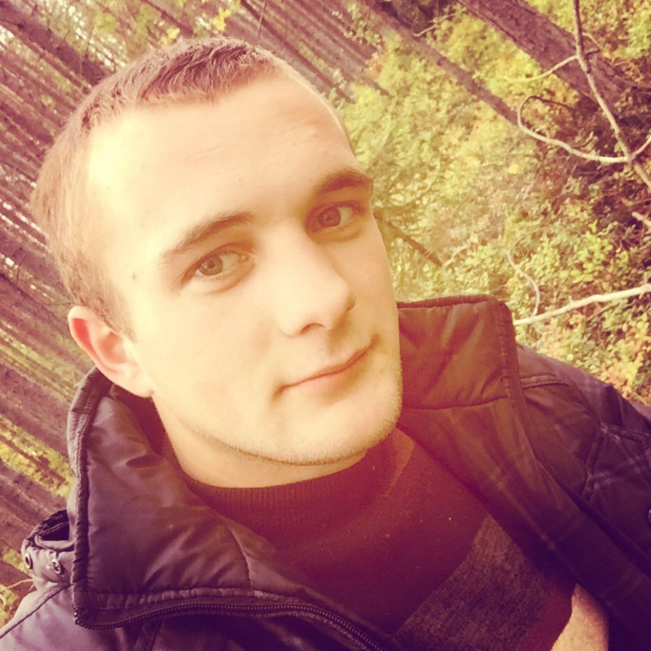 Mihail, 23, Apatity