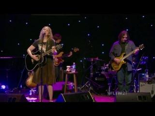 Joan Osborne-Infinity Music Hall (2014)