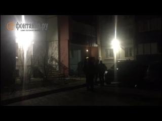 На лестничной площадке дома в Колпино найден труп подростка с огнестрельным ранением.