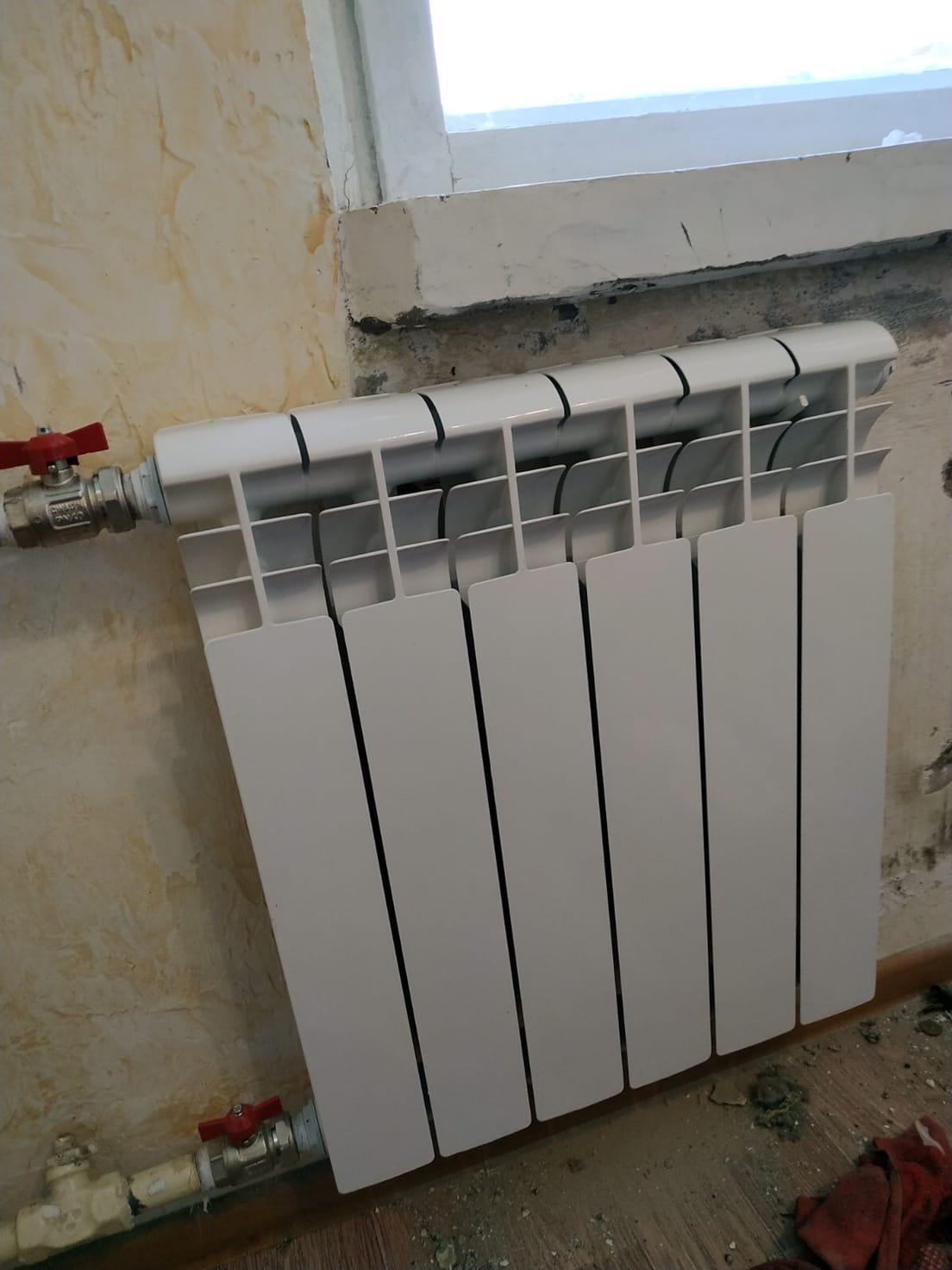 Строителей 46-241 установка радиатора