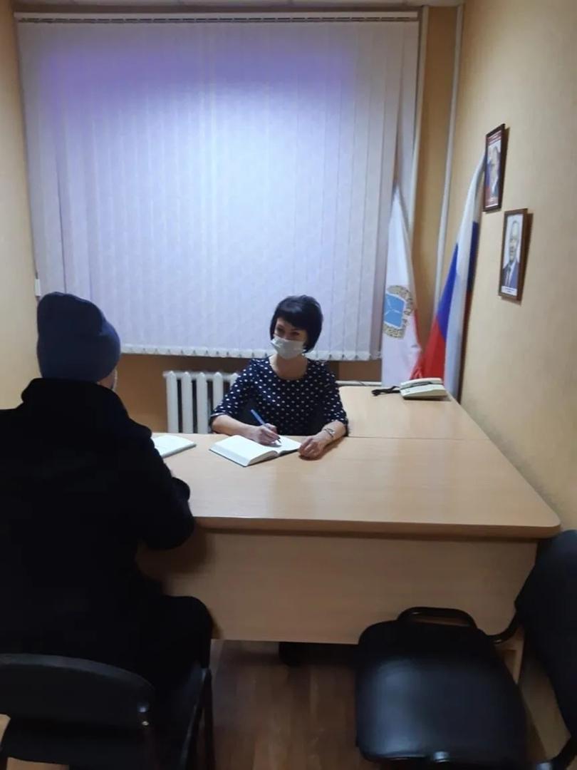 Руководитель Общественной приёмной губернатора в Петровском районе провела личный приём граждан