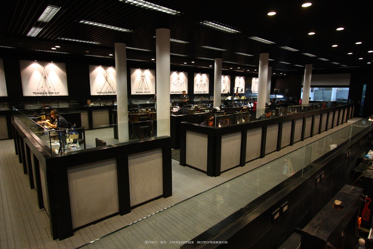 Ювелирная фабрика Gems Gallery в Паттайе фото 14