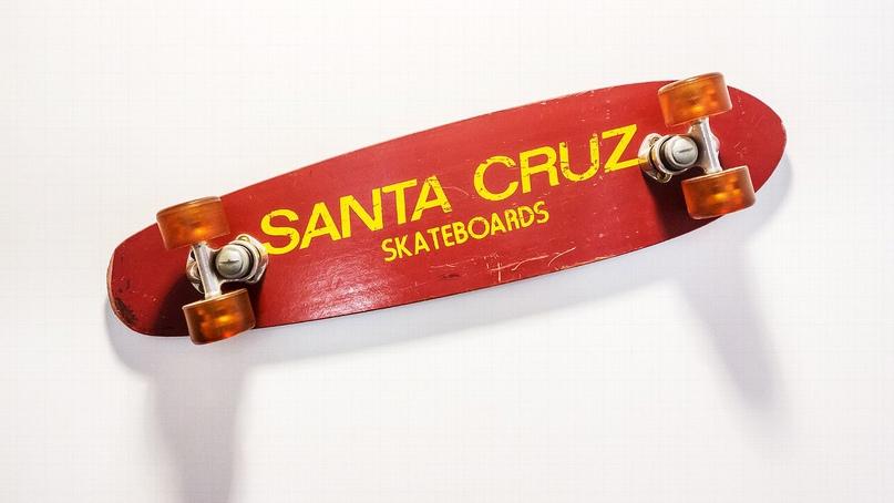 Первый скейтборд Santa Cruz, 1973 год.