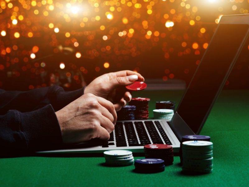Покер и игровые автоматы в контакте карты дурак играть с компьютером на раздевание играть бесплатно