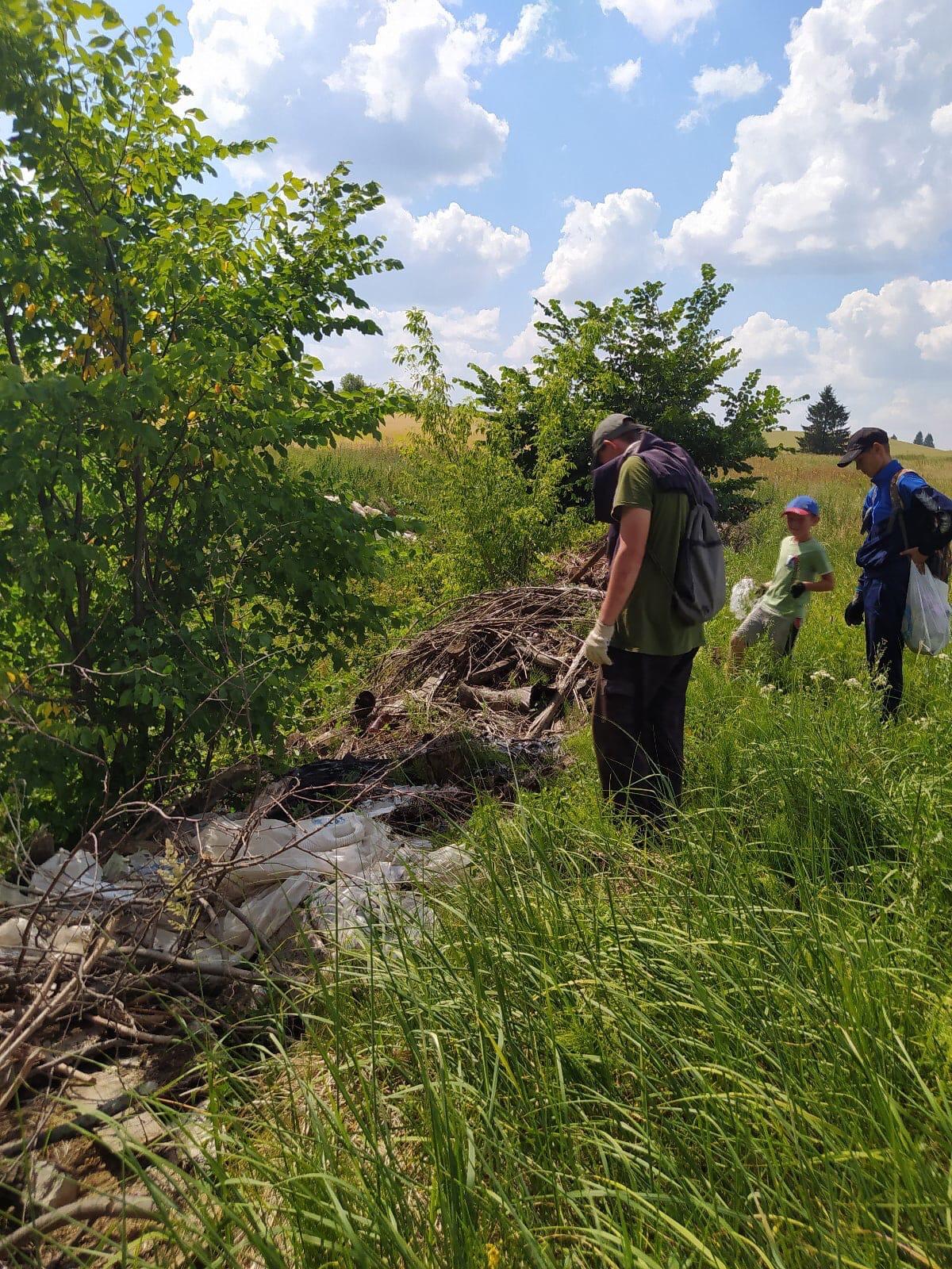 Ребята из деревни Бобья Уча проводят каникулы