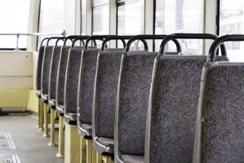 В Улан-Удэ кардинально изменилось движение трамваев   Это произошло из-за сошедшего с рельсов вагона  Около 12 часов... Улан-Удэ