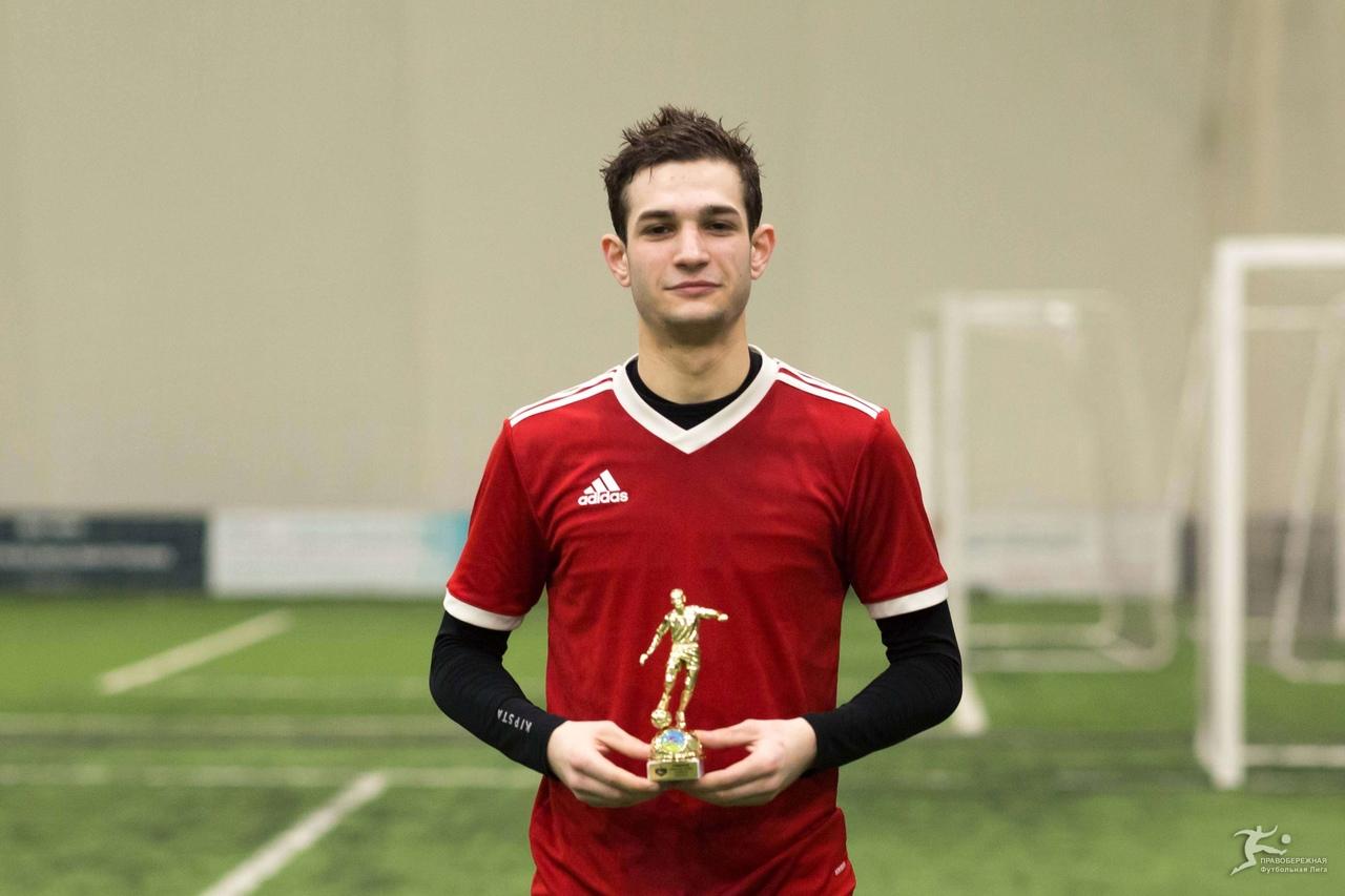 Александр Солоев («Гефест») — лучший игрок дивизион Смирнова.