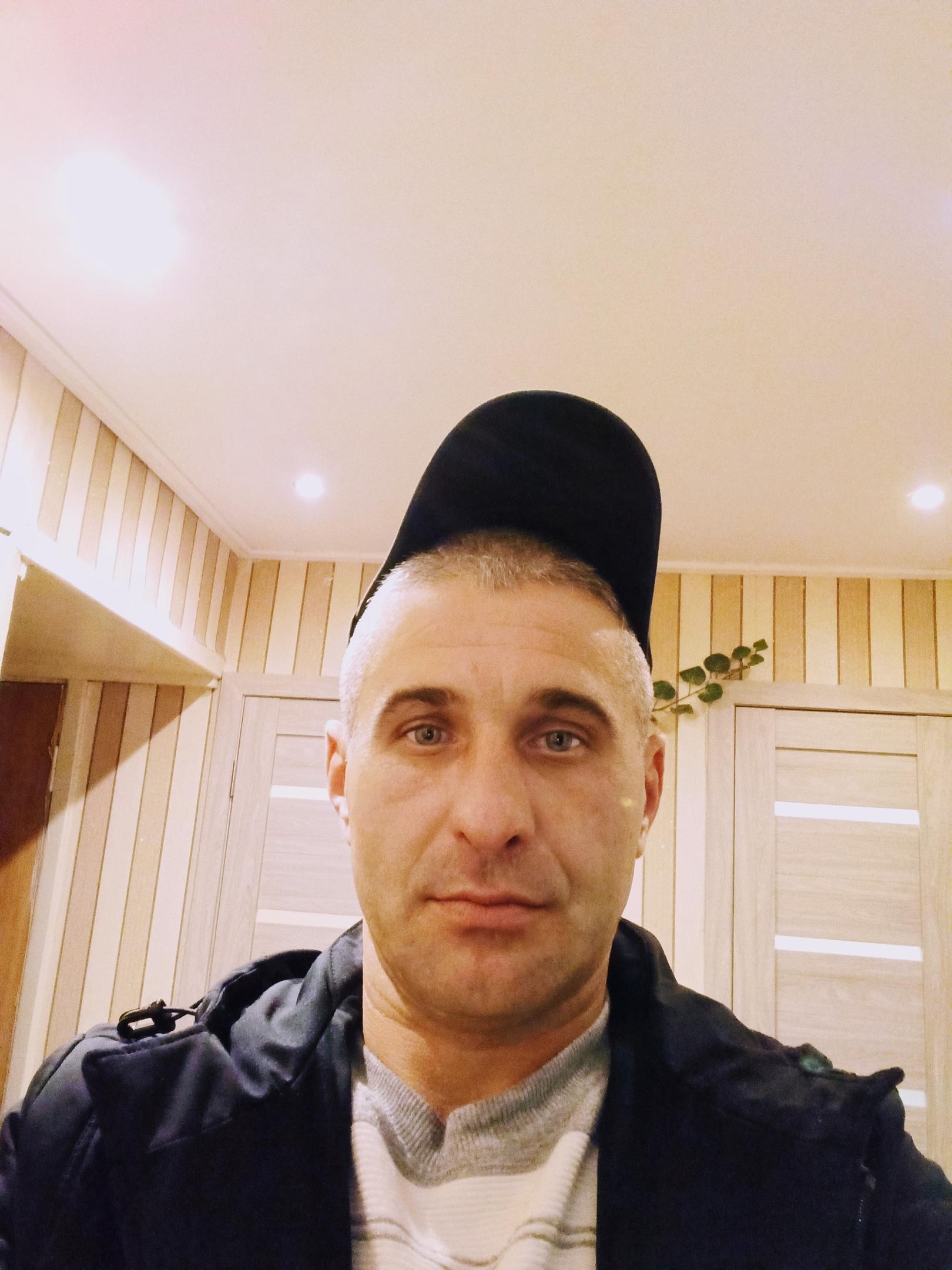 Максим, 37, Chern'