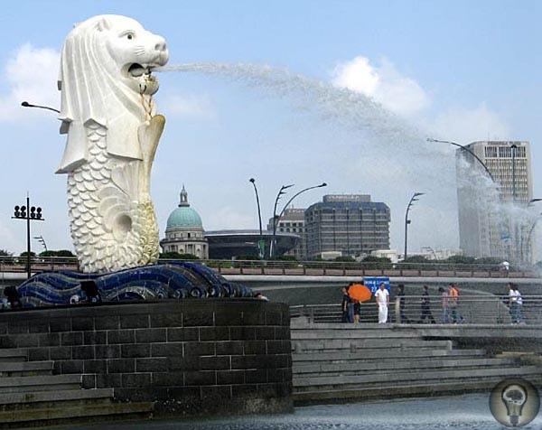 Лев спрятался среди небоскребов В Сингапуре охотникам за стариной и восточными диковинами придется смириться с эстетикой стекла и бетонаСобираясь в поездку, я всегда стараюсь узнать о месте,