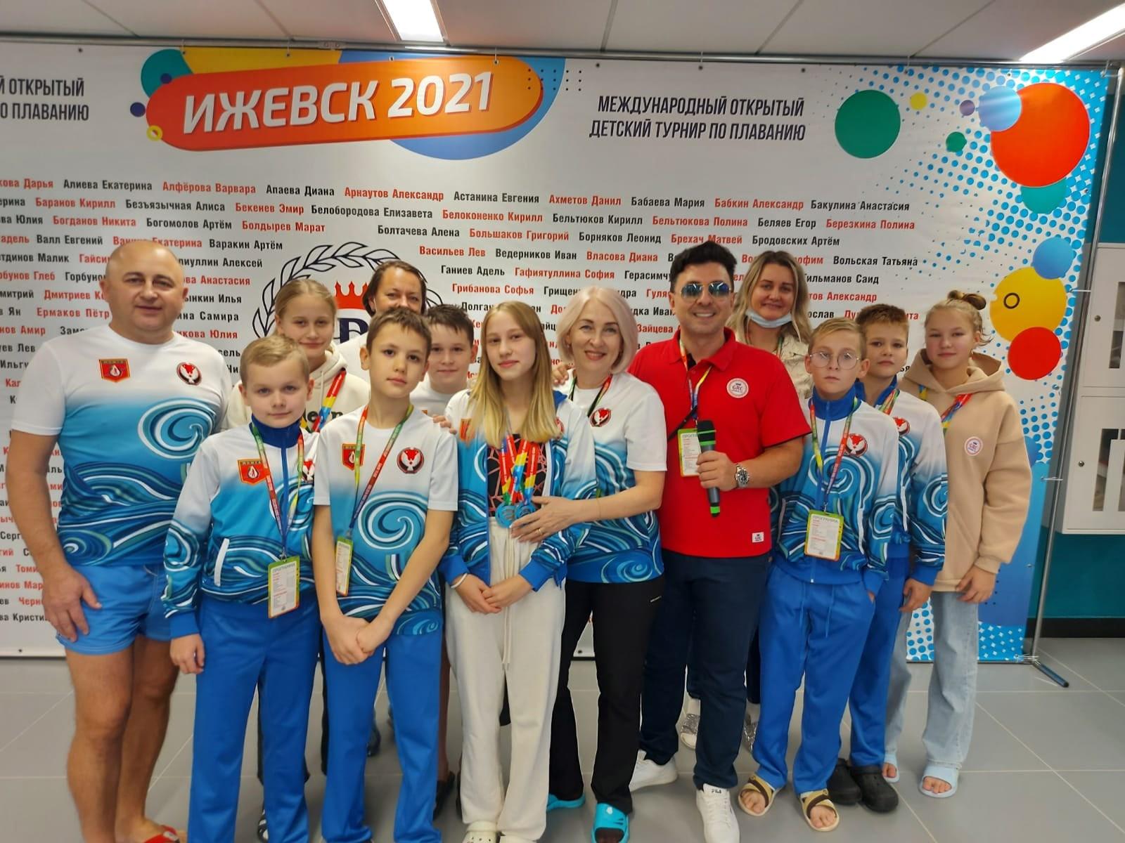 13 медалей завоевали можгинские пловцы на
