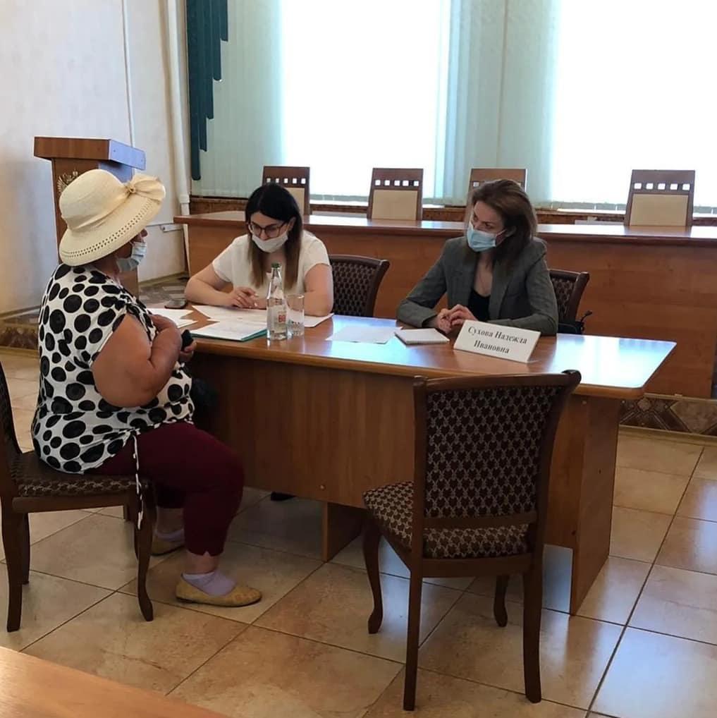 Уполномоченный по правам человека в Саратовской области Надежда Сухова провела личный приём в Петровске