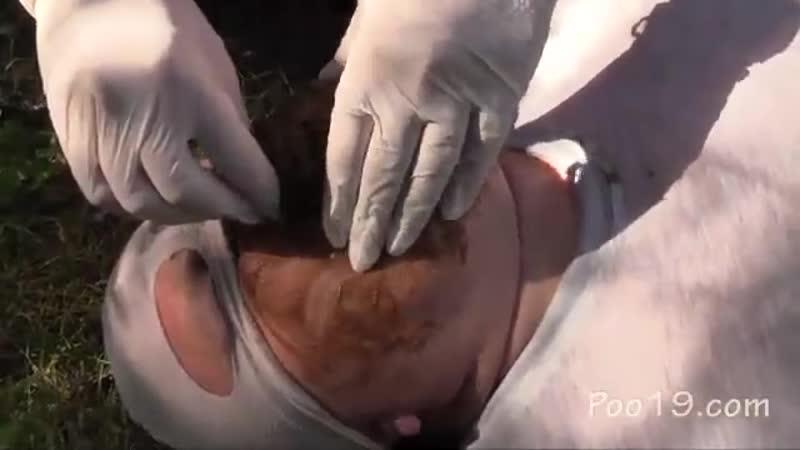 Русские девчонки срут в рот мужику на природе Scat porno