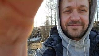 Переехал в Алтай из Москвы. Первый год в деревне. Чем заняться? Научусь петь и играть на фортепиано!
