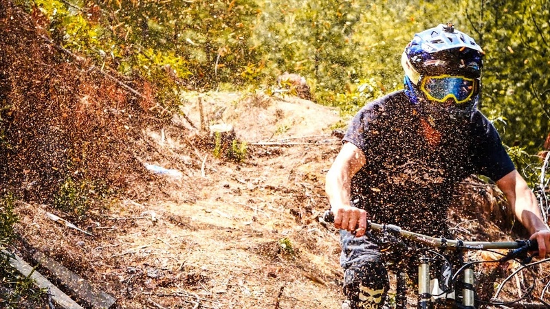 DOWNHILL MOUNTAIN BIKING [4K]