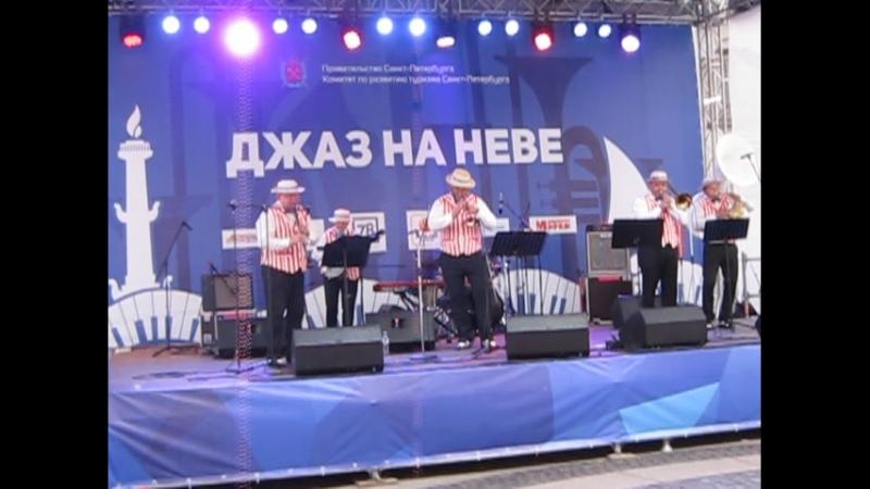 латвийцы Sunny Groove Dixie 2