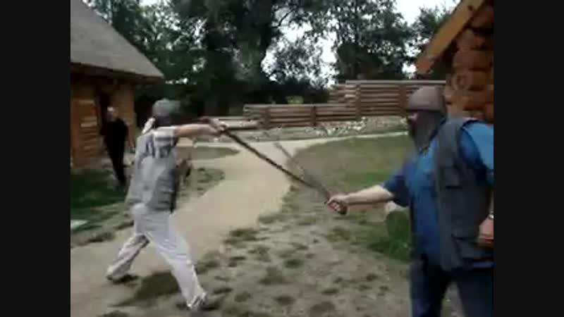 Калиш небольшой бой на мечах